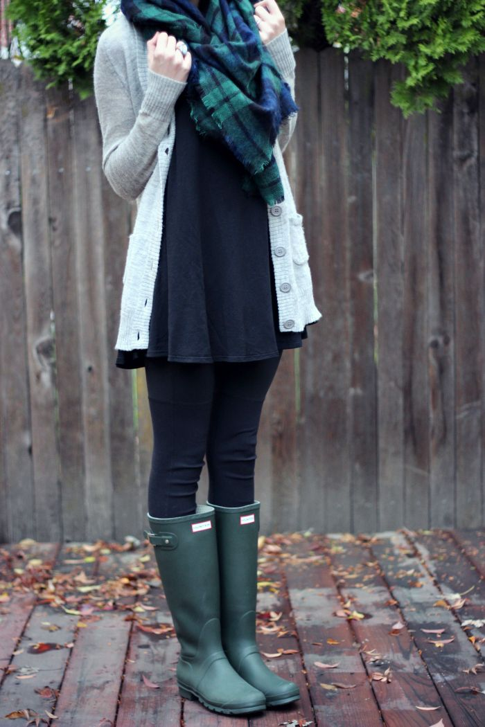 Jean tunic, thick leggings, long wool cardigan, tartan scarf, and green wellies.