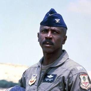 Louis Gossett Jr Officer and a Gentleman | Gossett Jr in Iron Eagle vs. Louis Gossett Jr Officer and a Gentleman ...