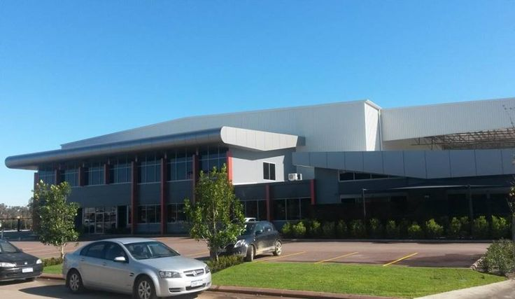 We are happy to announce our brand NEW Perth branch is up and running!! How impressive is the office? For all moving queries call us on 08 9359 7377 :)