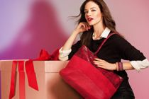 Mini Κατάλογος 77 απίθανες ιδέες δώρων Ανακαλύψτε τον Mini Κατάλογο Extra Χριστουγεννιάτικων Προσφορών!