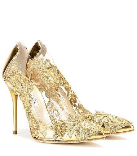 golden pumps