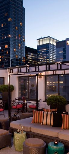 Five star glamazon at Fifth Ave and 55th Street, with a clubby atmosphere, a pool and yearround rooftop bar.