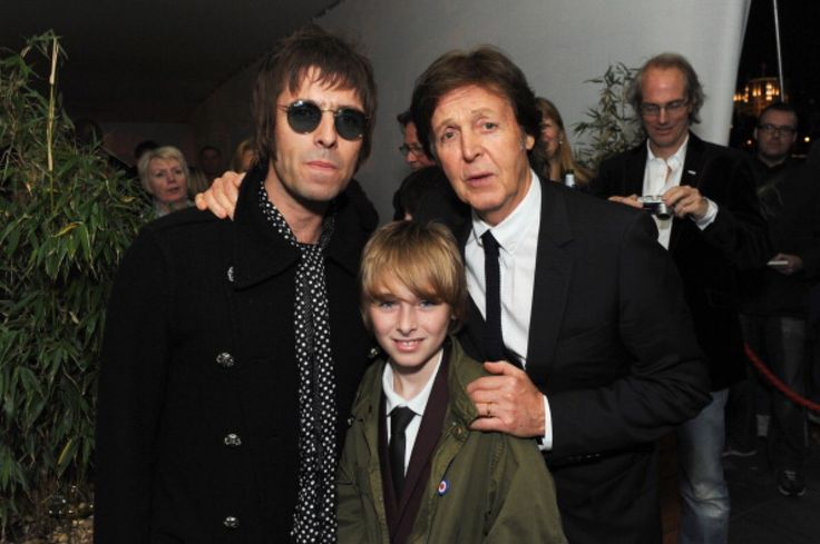 Liam e Gene Gallagher assieme a Paul McCartney liam gallagher Paul McCartney oasis the beatles music