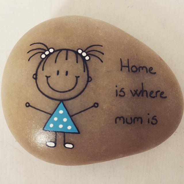 #artrocks #artstone #beachstone #cute #drawings #dots #happy #hobby #home…