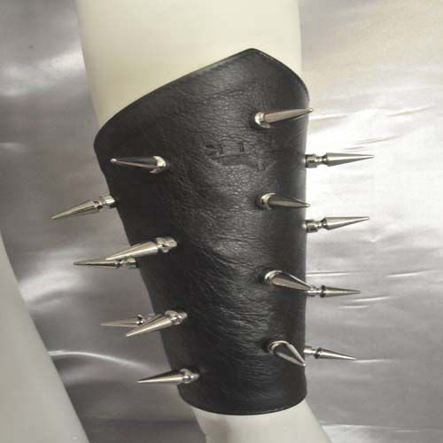 Spiked Qauntlets