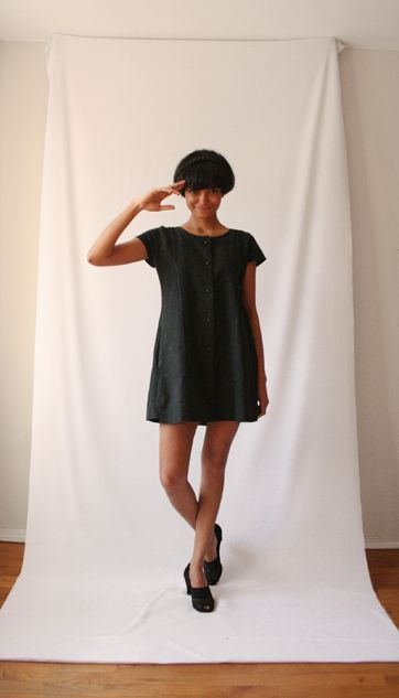 a story about a girl who wore same dress every day for a full year and it looked different every day: Fundraisers Projects, Sheena Matheiken, Favo Fashion, Clothing, The Challenges, Uniforms Projects, Http Www Theuniformproject Com, Projects 365, Dresses Worn