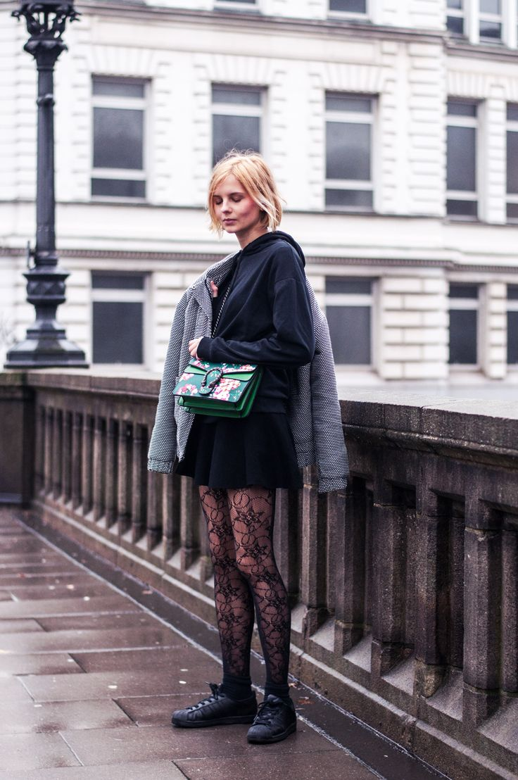 Dotted Jacket with Dots, Black Hoodie, casual Look, black skirt, flower tights, fishnet tights, black adidas superstars, green gucci dionysus - blogger, streetstyle, fashion, hamburg, outfit