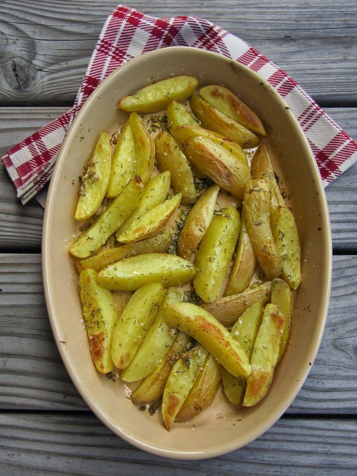 Pommes de terre au four à l'ail et au romarin
