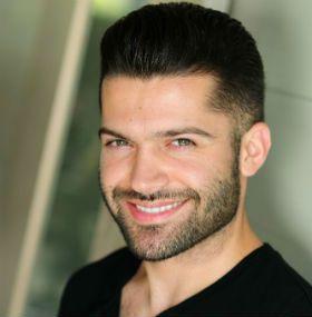JOSEPH OROZCO Celebrity Hair Stylist Or Famous Hair Stylists|Meche Salon LA