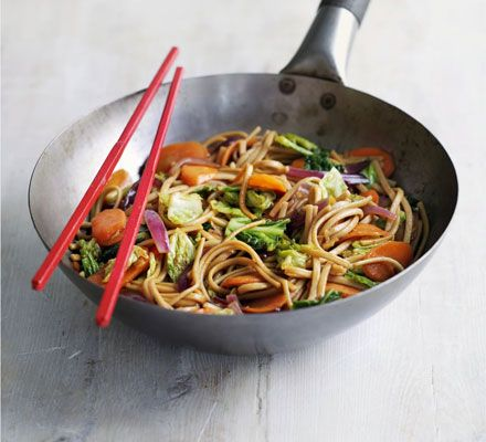 Yakissoba vegetariano - Dudes Modernos