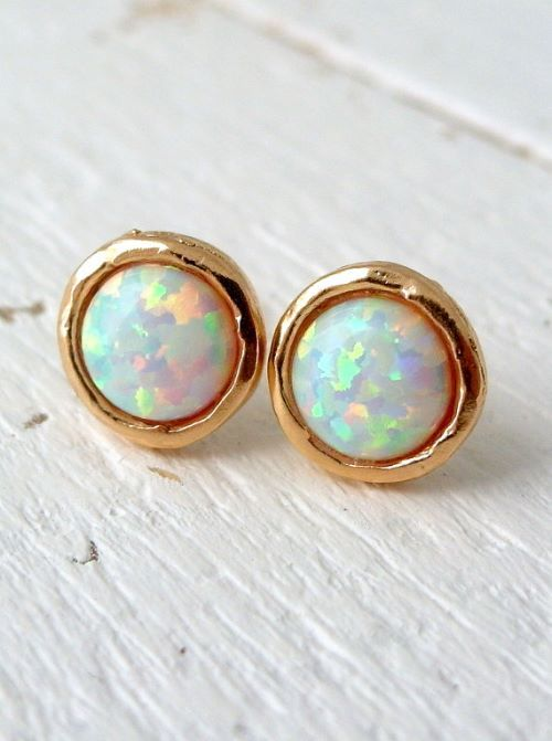 Genuine Australian Fire Opal Earrings with studs, drop or hoop. Beautiful opal earring colors like blue, black, pink, white in gold and with diamonds. - http://www.ringtoperfection.com/opal-earrings/