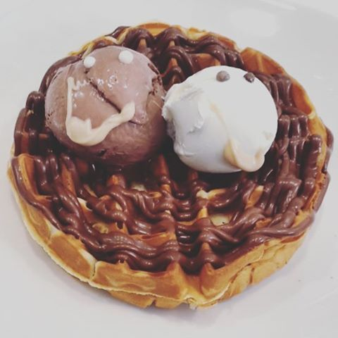 Be (with) someone that makes you happy.  #sweetstory #glikiaistoria #sweet #oldfaliron #palaiofaliro #icecream #icecreamshop #gelato #icecreamlovers #chocolate #homemade #handmade #chocolatelovers #waffle