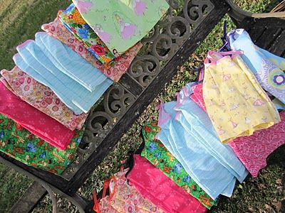Links to Free Dress Patterns/Tutorials Round-Up!Dress Patterns, Little Girls, Patterns Tutorials Round Up, Free Dresses, Peasant Dresses, Dresses Design, Dresses Patterns Tutorials, Dresses Pattern Tutorials, Hope Thread