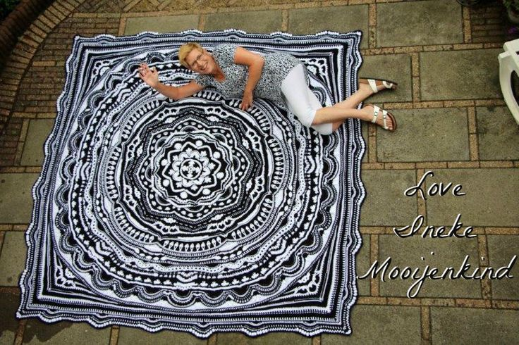 Just a little bit more madness for you all. Some of you may have seen the stunningly gorgeous Mandala Madness that Ineke Mooijenkind, from Gouda in the Netherlands made. It is the most beautiful black and white mandala. I know that many people like everything square, and so Ineke has done the most amazing job of squaring Mandala Continue Reading