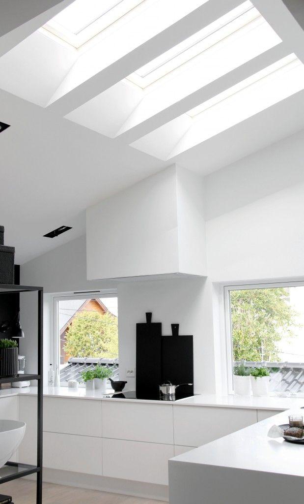 Keuken inspiratie | Witte keuken met zwarte accents