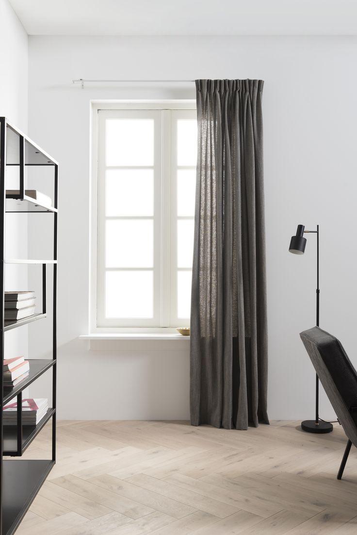 Artist Home | donkere linnen gordijnen | dark linen curtains | KARWEI 9- 2017