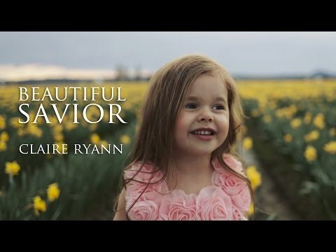 """LDS 4-Year-Old Claire Ryann Sings """"Beautiful Savior"""" in Amazing Easter Video 