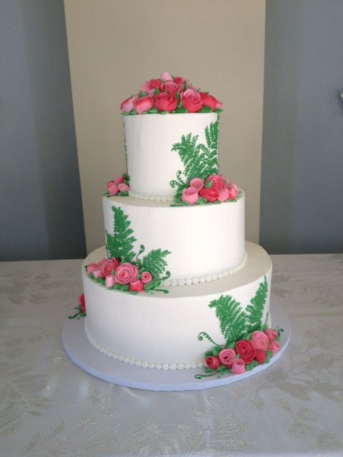 images about jilly 39 s cupcake bar custom order cakes and wedding cakes
