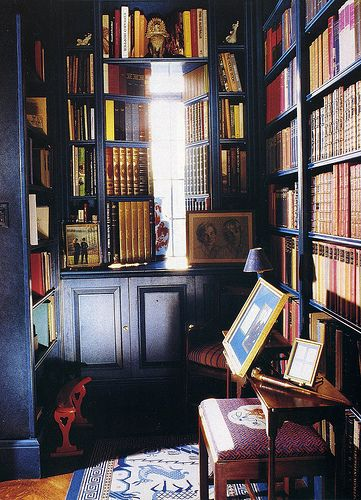 dark.  literary.: Interiors Design Offices, Blue Bookshelves, Home Interiors, Hotels Interiors, White Bedrooms, Navy Bookca, Books Nooks, Photo, Handsome Bookca
