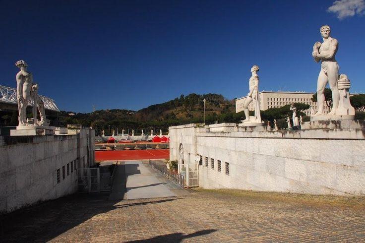 Gli esempi principali, dal Foro Italico di Roma alla città di Sabaudia