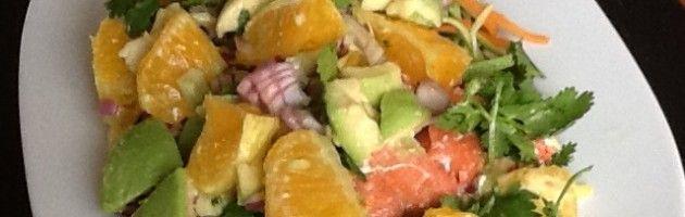 Zalm met sinaasappel en avocado salsa