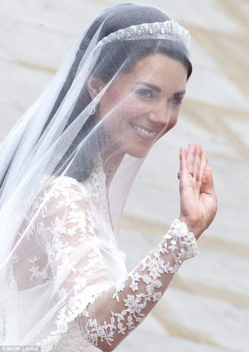 Catherine Middleton -  on her way  to marry  her Prince at St. Paul's Catherdral -