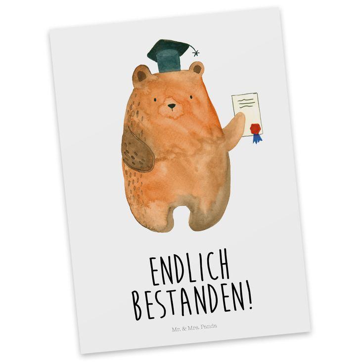 Postkarte Prüfungsbär aus Karton 300 Gramm  weiß - Das Original von Mr. & Mrs. Panda.  Diese wunderschöne Postkarte aus edlem und hochwertigem 300 Gramm Papier wurde matt glänzend bedruckt und wirkt dadurch sehr edel. Natürlich ist sie auch als Geschenkkarte oder Einladungskarte problemlos zu verwenden. Jede unserer Postkarten wird von uns per hand entworfen, gefertigt, verpackt und verschickt.    Über unser Motiv Prüfungsbär  Unser süßer Prüfungsbär hat sich exzellent durch alle Prüfungen…