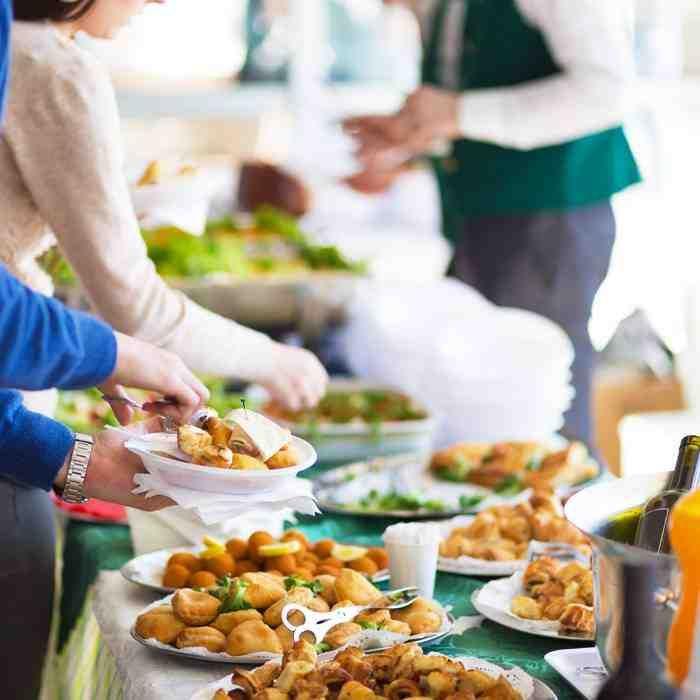 wedding reception dinner ideas on budget%0A Simple Wedding Reception Food Ideas