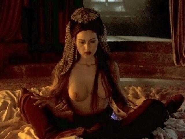 Monica belluci desnudas falsas