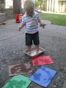 {Water Painting} Look at those adorable tootsies. #WaterFun #CampSunnyPatch