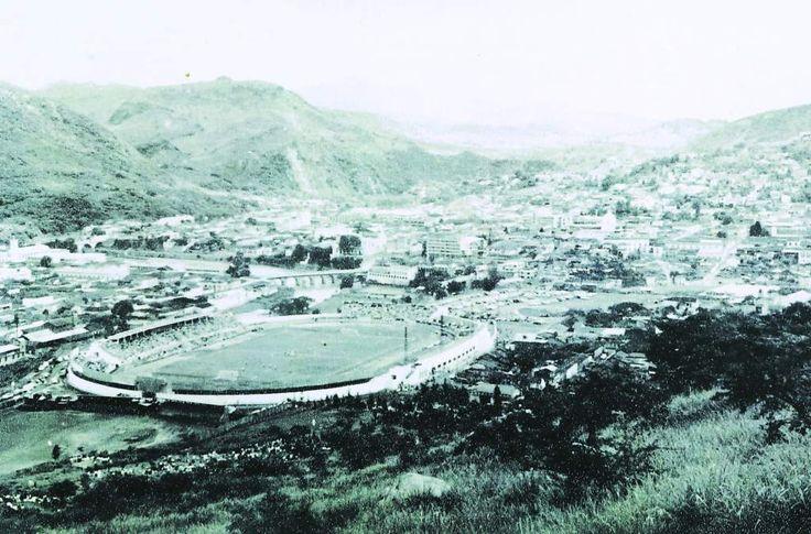 El Estadio Nacional tiene 69 años de existencia, es uno de los escenarios deportivos más importantes de Honduras y fue construido durante el mandato del di