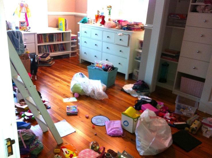 """To Organize or To """"Diss"""" Organize: 5 Tips to Tame the Clutter"""
