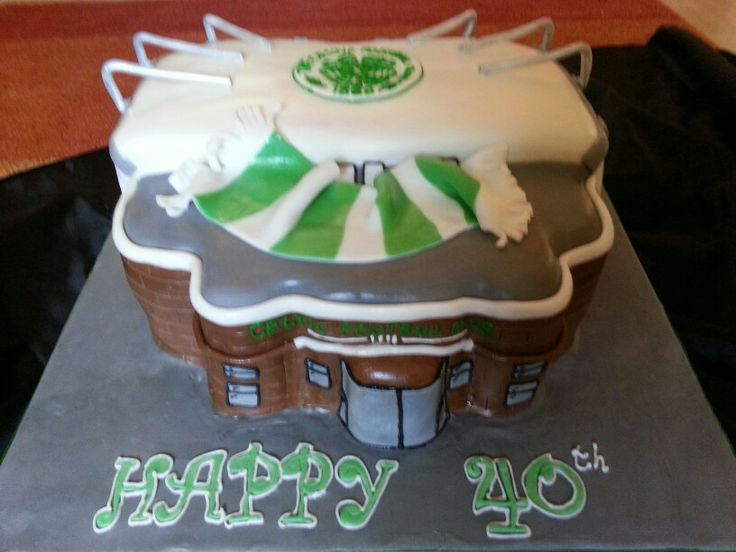 Cake Decorations In Aberdeen : 43 best images about Celtic Cakes on Pinterest Football ...