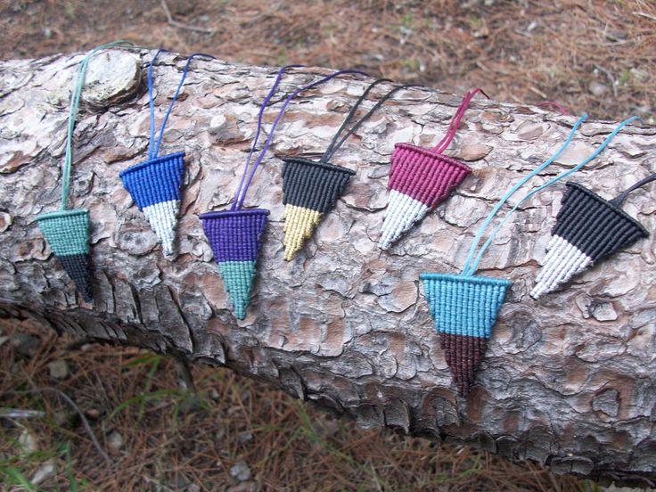 Triangle macrame pendants - Geometric pendants, minimal style, casual style, minimal pendants, pendants in fashion!!