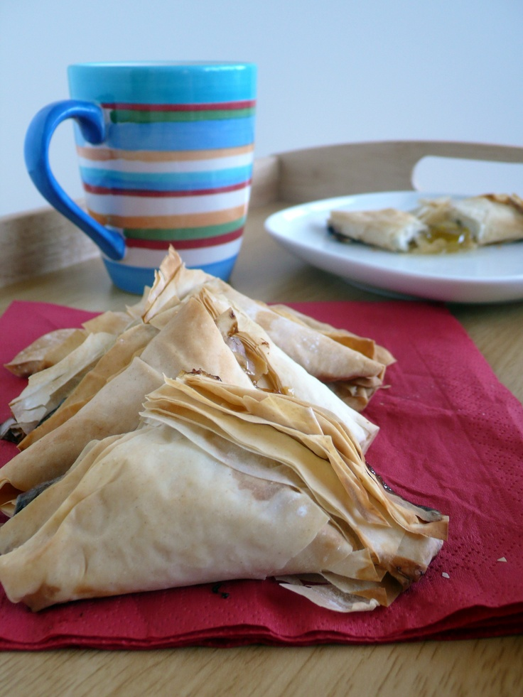 Phillo Dough Triangles:  A quick dessert that can be whipped up in less than 30 minuts using only 3 ingredients!