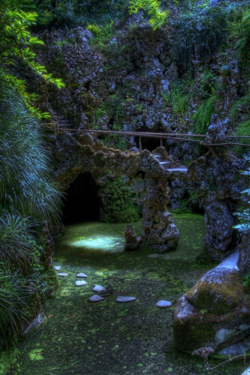 This truly does look enchanting, magical and peaceful. Footbridge, Sintra, Portugal  photo via enchanted