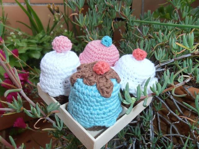 amigurumi cup cakes