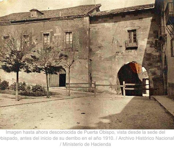 Puerta obispo