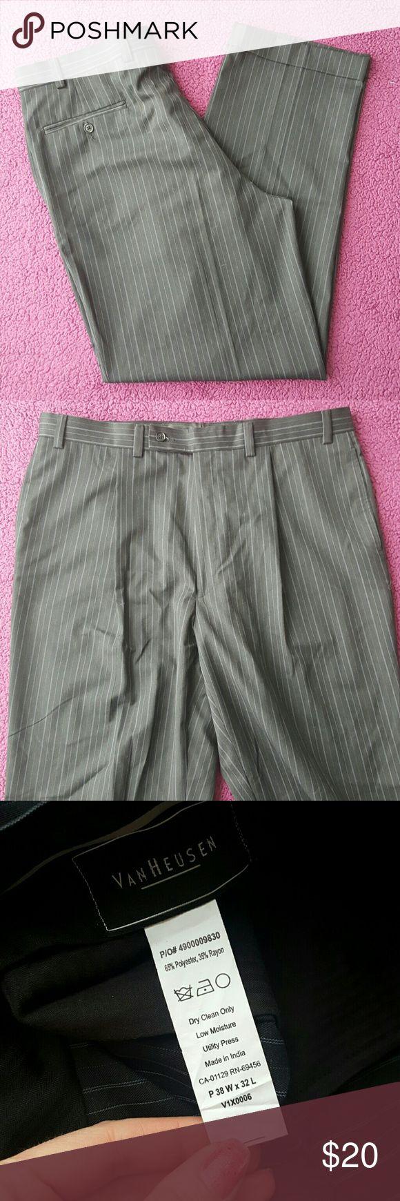 🌋Mens🌋slacks🌋 Size 38W 32L like new Van Heusen Pants Dress