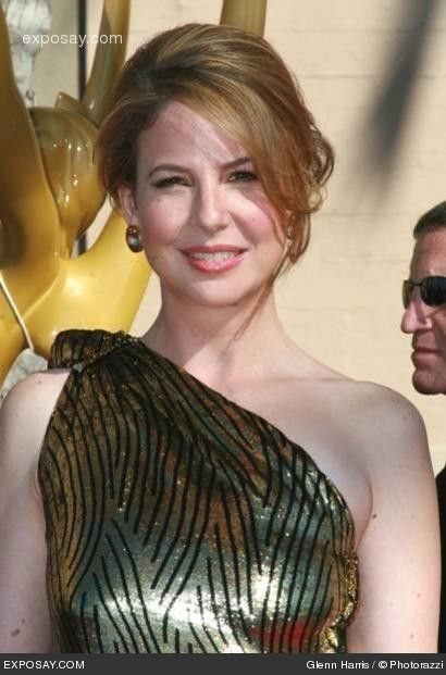 photo gallery of robin weigert | robin weigert photo 21 of 54 robin weigert..what a makeup and costume change for her role as Calamity Jane!