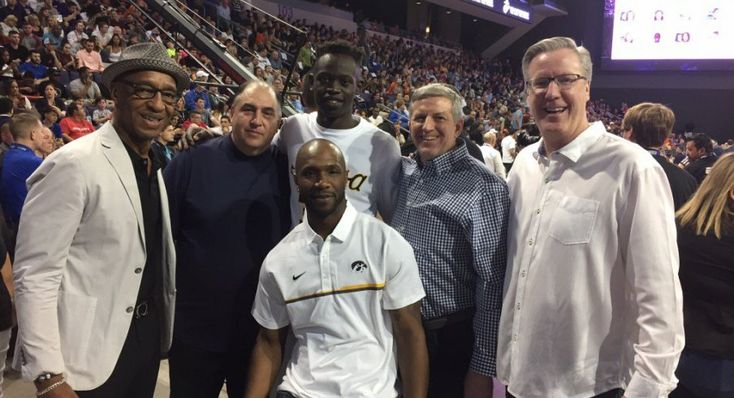 3/30/17: Peter Jok wins college 3-pt. shooting championship!