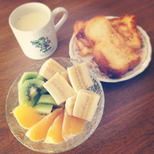 朝からウォーキングしてきました( •ॢ◡-ॢ) それから朝ご飯♡ - 21件のもぐもぐ - Breakfast by sanas