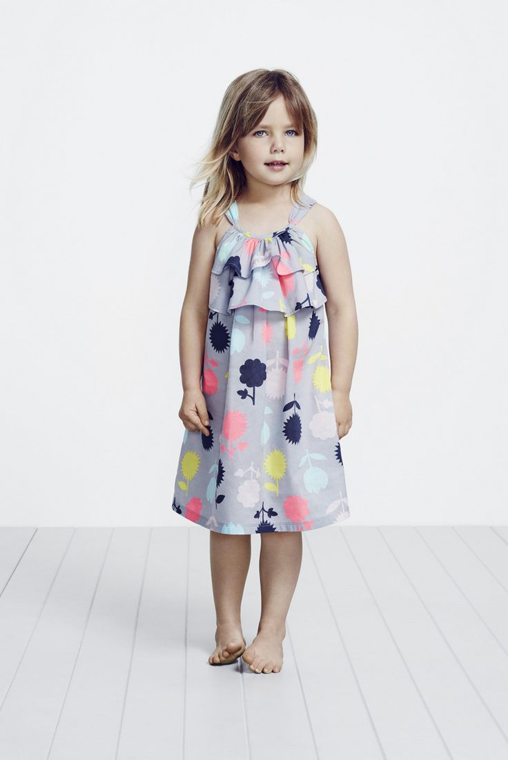 A perfect floral summer dress in cotton voile.