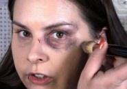 Escondendo a violência: Mais uma campanha em canal de maquiagem no YouTube