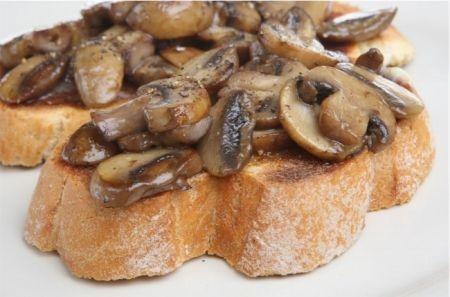 Lazio - Crostini alla velletrana (Velletri)