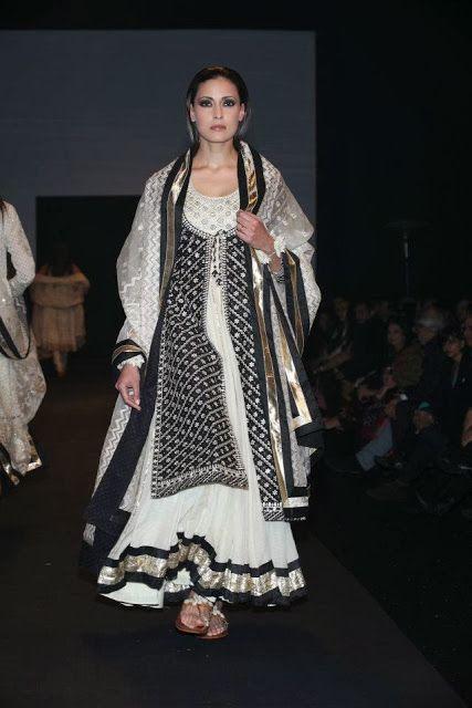 #RituKumar #Designer White and Black #Lehenga
