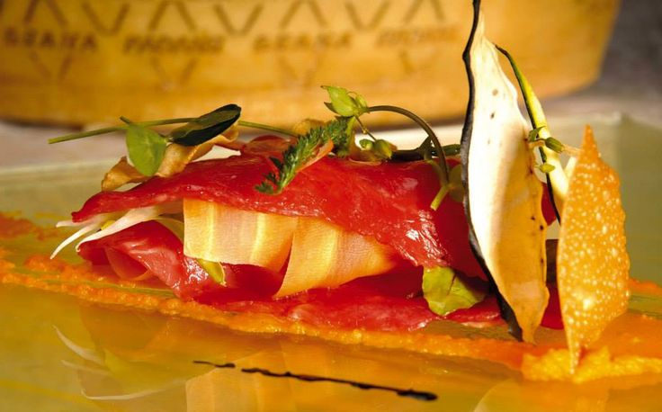 COLOR PACKAGES DELICIOUS HOLIDAY  Following offer is valid for a minimum stay of 7 nights and comprehends: