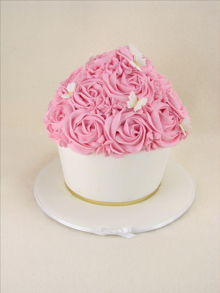Vanilla cake with buttercream for Evie's Christening celebrations.
