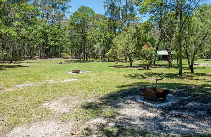 Mogo Campground - No bookings. Approx. 2hrs. Yengo NP. 2wd all weather.