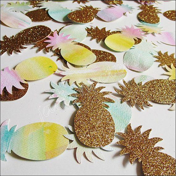 Confettis fête ananas en paillettes dor et peint à laquarelle à la main sont un approvisionnement décoratif pour les tables de mariage,